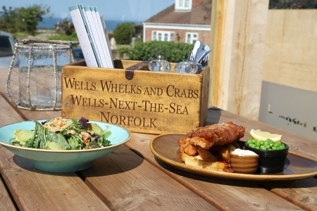 Dormy-House-salad-and-fish2